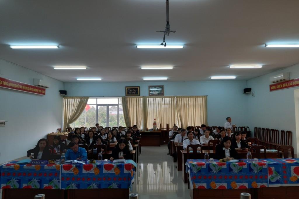 Toàn thể CBVC Quỹ tham dự Hội nghị người lao động